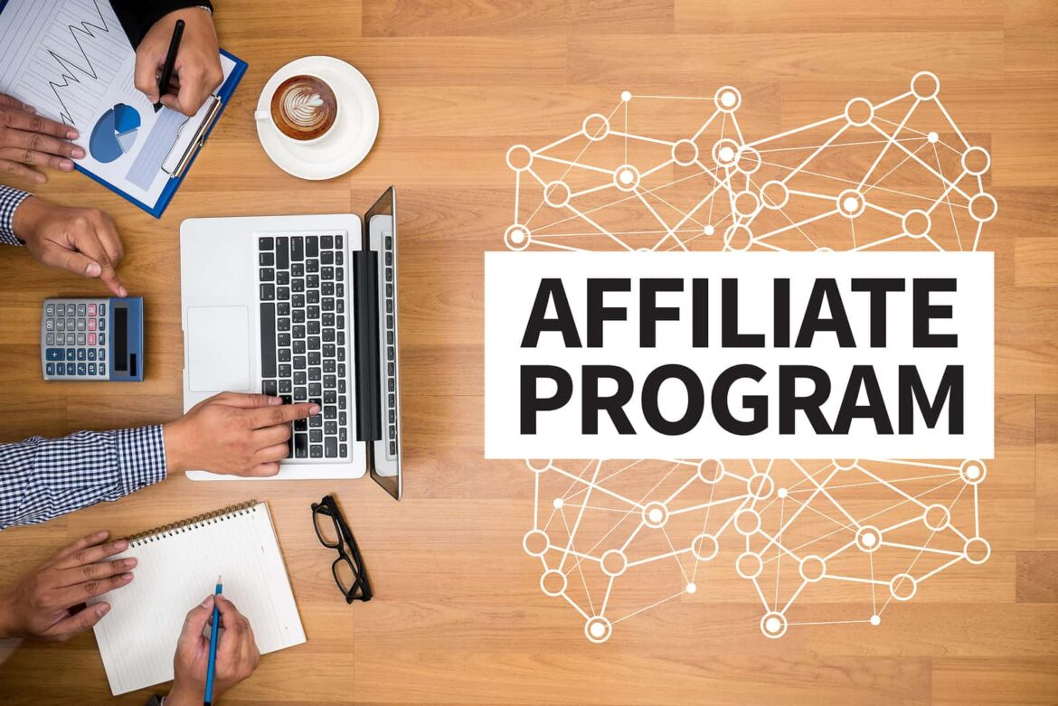 What's the Difference Between an Affiliate Program and a Referral Program?