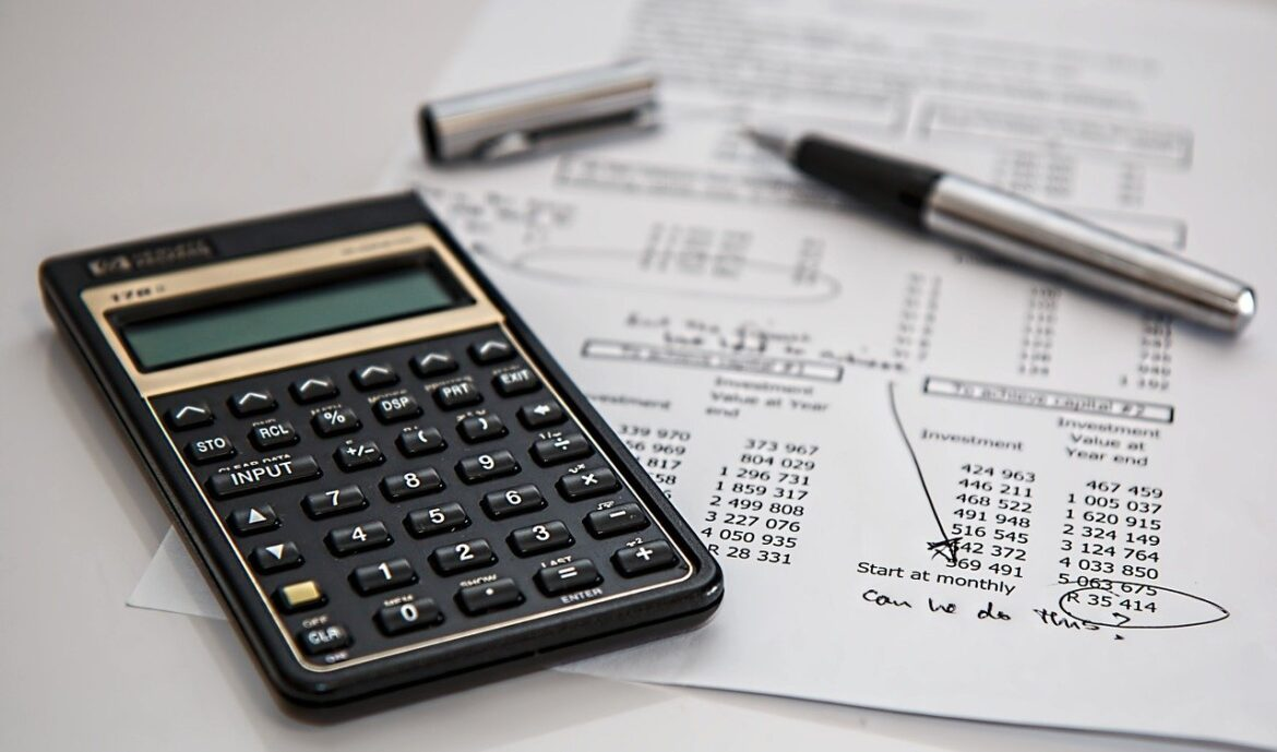 Bookkeeping Services and CFOs: Which Do You Need When?