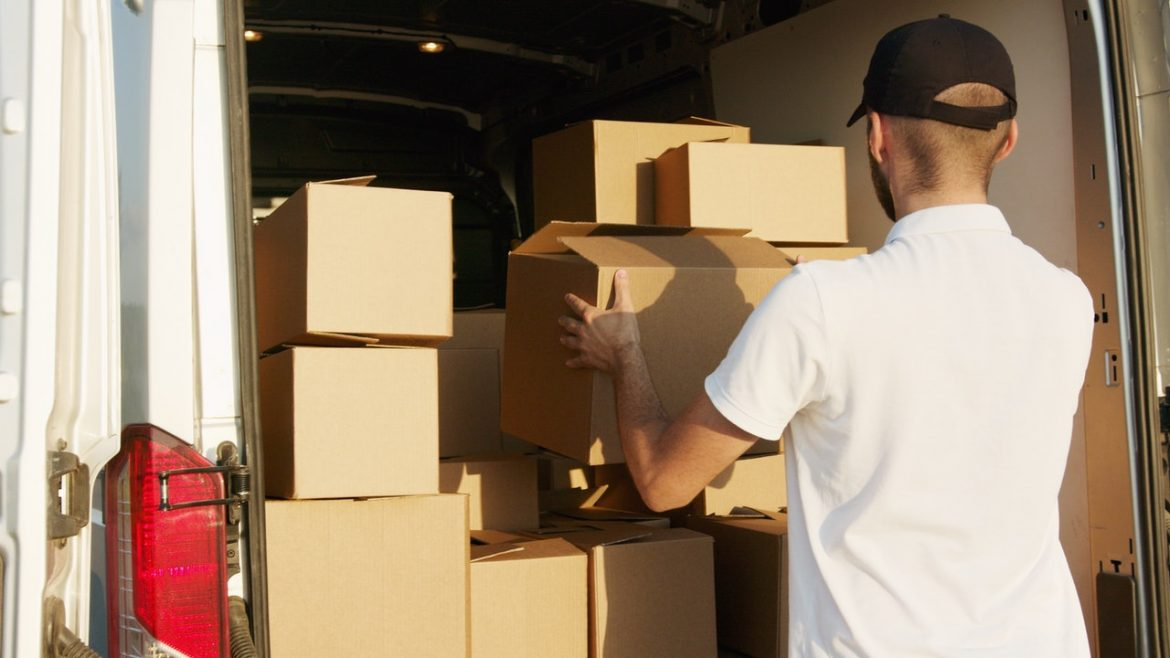 What to Do While Looking for Moving Companies?